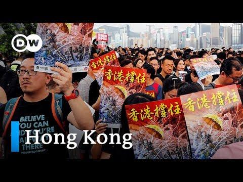 Hong Kong protest aims to explain motives to mainland China   DW News