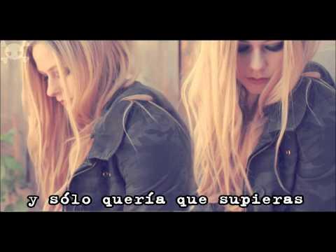 Avril Lavigne - 4 real en español♥