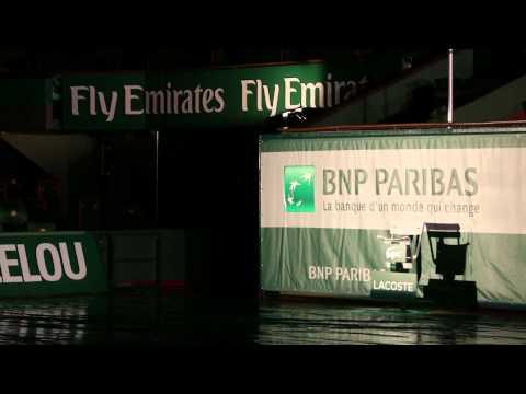 Roland Garros 2013 - Nouveau look des courts ! Fly emirates
