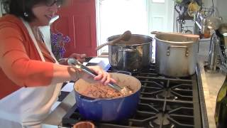 Sheree DeLorenzo Cooking Bolognase Sauce2