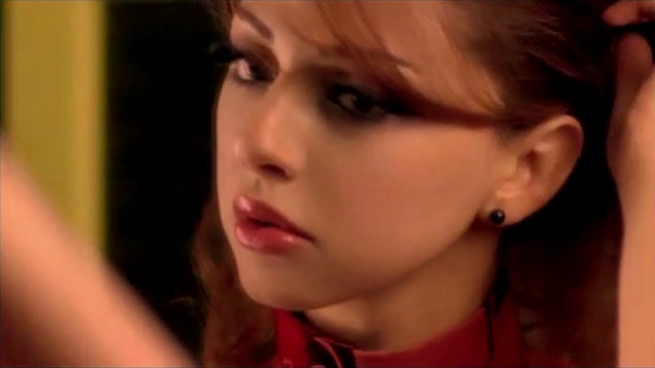 Myriam Fares - Mosh Ananeya (Official MUSIC Video HD) ميريام فارس - مش  أنانية - YouTube
