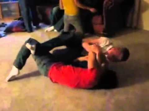 Mixed wrestling Crazy amateur wrestlers from YouTube · Duration:  9 minutes 52 seconds