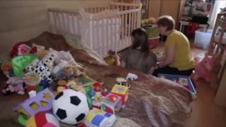 видео Какие игрушки нужны ребенку в 1 год?