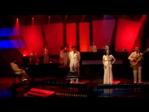 Gotan Project, Diferente and Santa Maria del Buen Ayr  with Jools Holland 2006