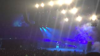 J.Cole No Role Modelz Live At The London 02 Arena - 2014 Forest Hills Drive
