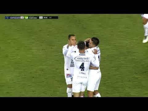 GOAL: Landon Donovan scores the game-winning goal for Club León