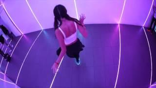 Elena Cruz-Nichipor | Dombresky- Wait | Electric styles