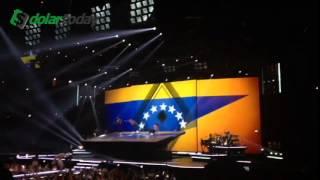 Madona se solidariza con Venezuela y coloca Bandera de con siete estrellas