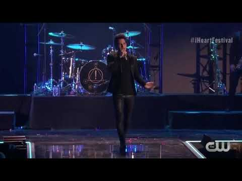 Death of a Bachelor - Panic! at the Disco (Live at the iHeart Radio Music Festival 2018) Mp3