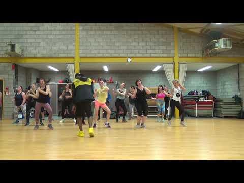 Bom Diggy( Dj Shadow Dubai Remix) Zumba Fitness With Iho