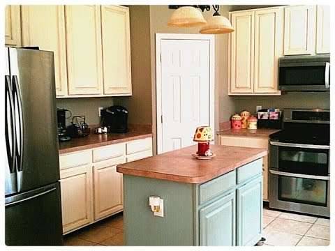 painting kitchen cabinets youtube chalk painted kitchen cabinets 24491