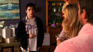 Happy Endings - Comedy Central (HD)