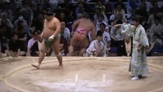 宇良 和輝(うら かずき、1992年6月22日 - )は、日本の大相撲力士。大...