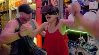 Funny Virtual Reality 3D Brain-Prank in Pattaya, Thailand (Part 2/2)