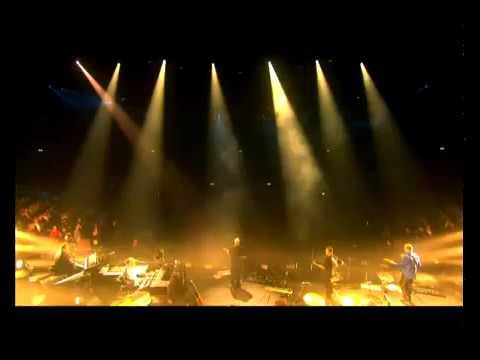 David Gilmour Coming Back To Life Live...