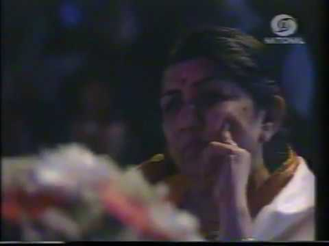 Sunidhi Chauhan appearance as contestant in Meri Awaz Suno Mega Finals 1996...