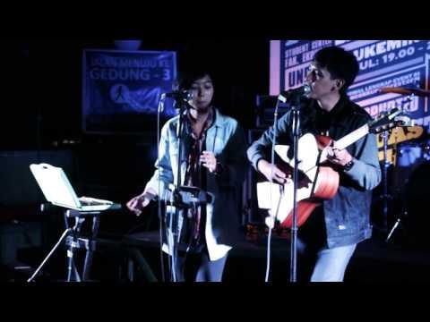 """Sorgemagz.com - [RETROSPEKTIF] Banda Neira """"Sebagai Kawan"""" L Bandung - 26 November 2015"""