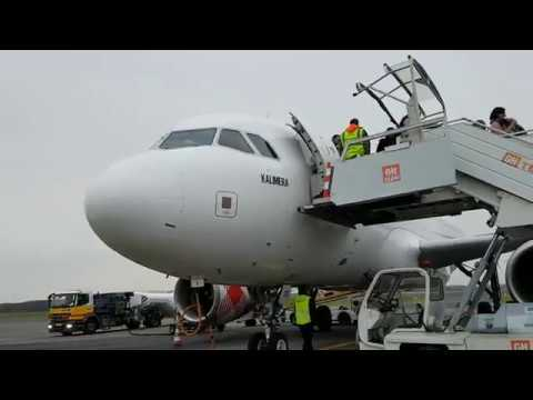 ᴴᴰ✈Aborted take-off by an animal on the runway!✈Volotea A319✈Madrid to Nantes✈full flight