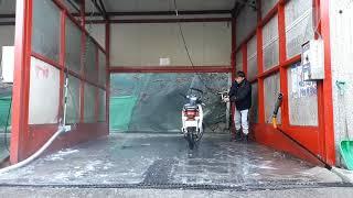 추운겨울 빙판 세차장에서 오토바이 물 세차 [슈퍼커브110]