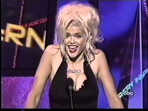 Anna Nicole Smith is listed (or ranked) 3 on the list The Top 11 Best Drunken Awards Show Moments