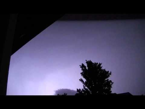Thunderstorm 4-30-2012, lots of thunder and rain audio
