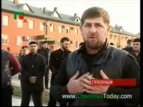 Рамзан Кадыров передаёт УАЗики 2-му полку МВД ЧР