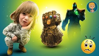 Gertit Plays with Avengers Frustation Game - PRANKS FOR KIDS
