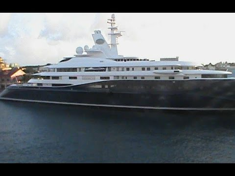 Al Mirqab Super Yacht in the Bahamas video