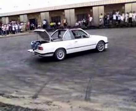 Reborn Racing E30 Bmw 325i Spinning Donut Burnout