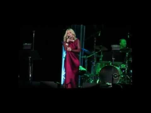 Pichak - Googoosh & Ebi Concert - Las Vegas December 2014
