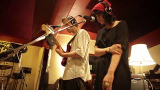 Lion Eyes - 'The Valleys of New Orleans' (The Veils) for KIWI FM