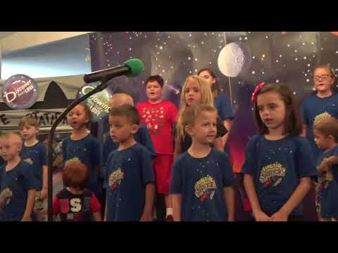 2017 VBS Kids Singing