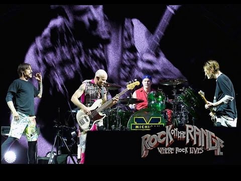 red hot chili peppers dark necessities live debut rock on the range 2016 incredible. Black Bedroom Furniture Sets. Home Design Ideas