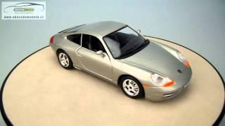 Porsche 911 Carrera Bburago 1/24