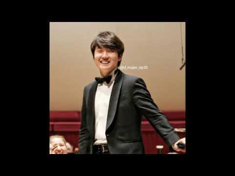 Seong-jin Cho-01.12.2016 Chopin Piano Concerto No.1 in E minor Op.11 in Liverpool