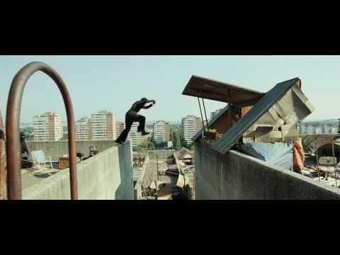 Banlieue 13 Ultimatum - David Belle Chase Scene HD