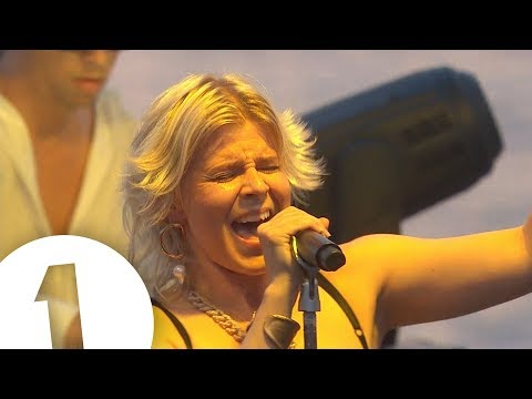 download Robyn - Radio 1 in Ibiza 2018 - Café Mambo | FLASHING IMAGES