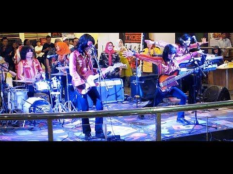 Perasaan (Koes Plus) ★ T-Koes Band @ Plaza Blok M (31/07)