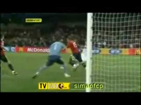 United States (USA) upsets Spain (ESP) 2-0 in Confederations Cup 2009 (In four languages)