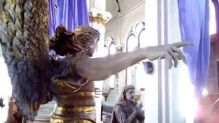Exploración del adorno procesional del Cristo Yacente del Templo del Calvario 2018