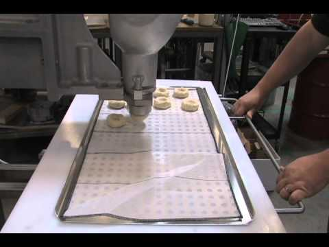 Belshaw VMRF1 Extruder for yeast raised donuts  YouTube
