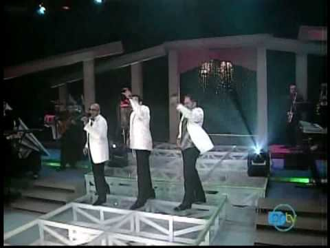 Grupo Mania - Como baila como goza (Noche de Gala 2007)