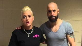 American Idol alums Chris Daughtry and Heather Cox Coe