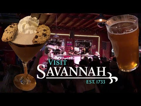 Guide To Drinking In Savannah Georgia With The Legend