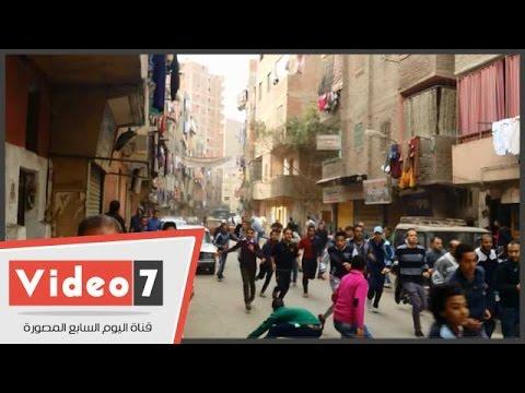 بالفيديو.. اشتباكات عنيفة بين الأمن والإخوان بشارع الترولى فى المطرية