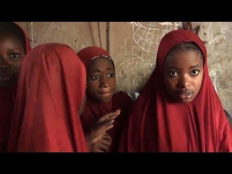 Boko Haram rend à leurs parents une centaine d'écolières