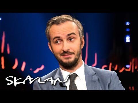 German comedian Jan Böhmermann wrote Erdoğan sex poem –opens up on the scandal | Skavlan