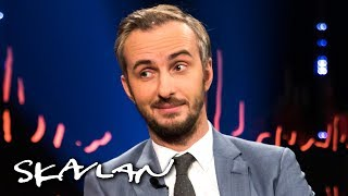 German comedian Jan Böhmermann explains the Erdoğan sex poem scandal | Skavlan
