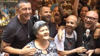 Dolce e Gabbana tra i vicoli di Napoli: pizza, caffè, selfie e pastori (08.07.16)