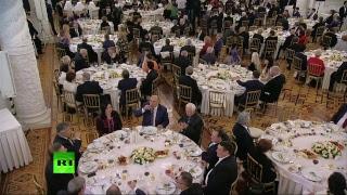 Путин вручает премию за вклад в укрепление единства российской нации — LIVE